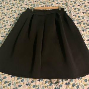 Dresses & Skirts - Black poofy Midi skirt 2/$25